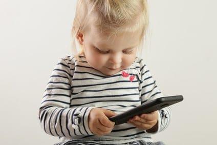 Kinder Handynutzung